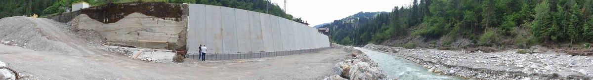 Ricostruzione muro spondale